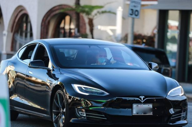 Michelle Pfeiffer  - Spotted driving her Tesla