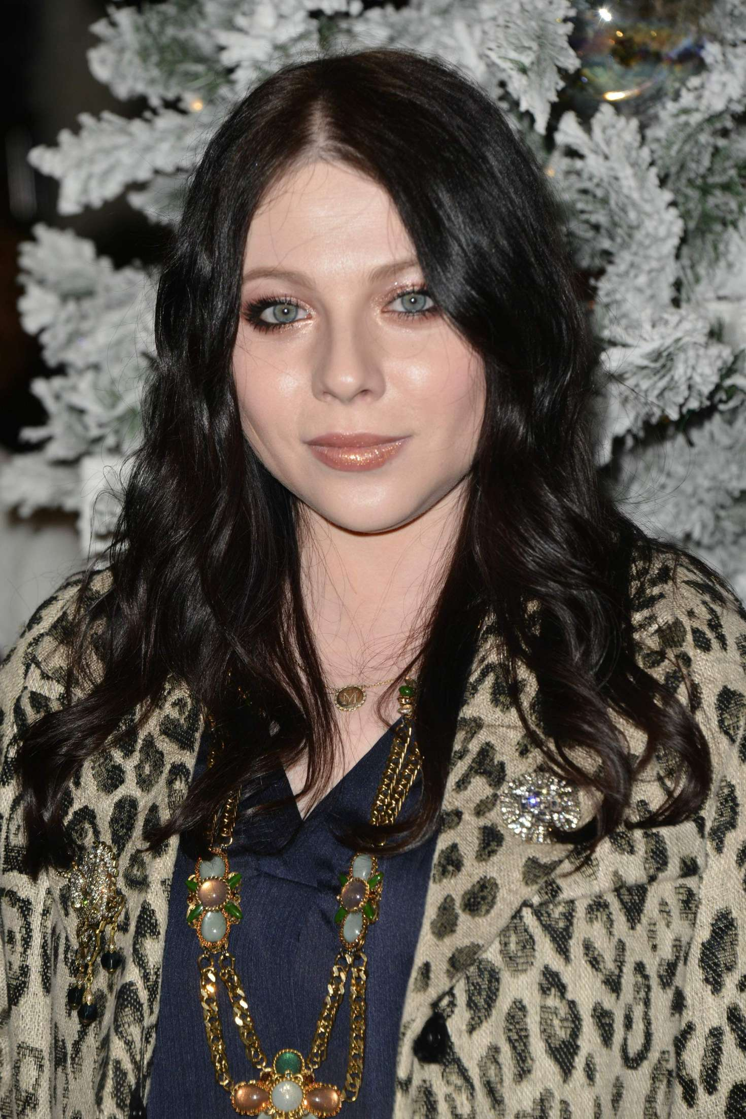 Michelle Trachtenberg 2018 : Michelle Trachtenberg: 1st Annual Cocktails for a Cause with Love Leo Rescue -07