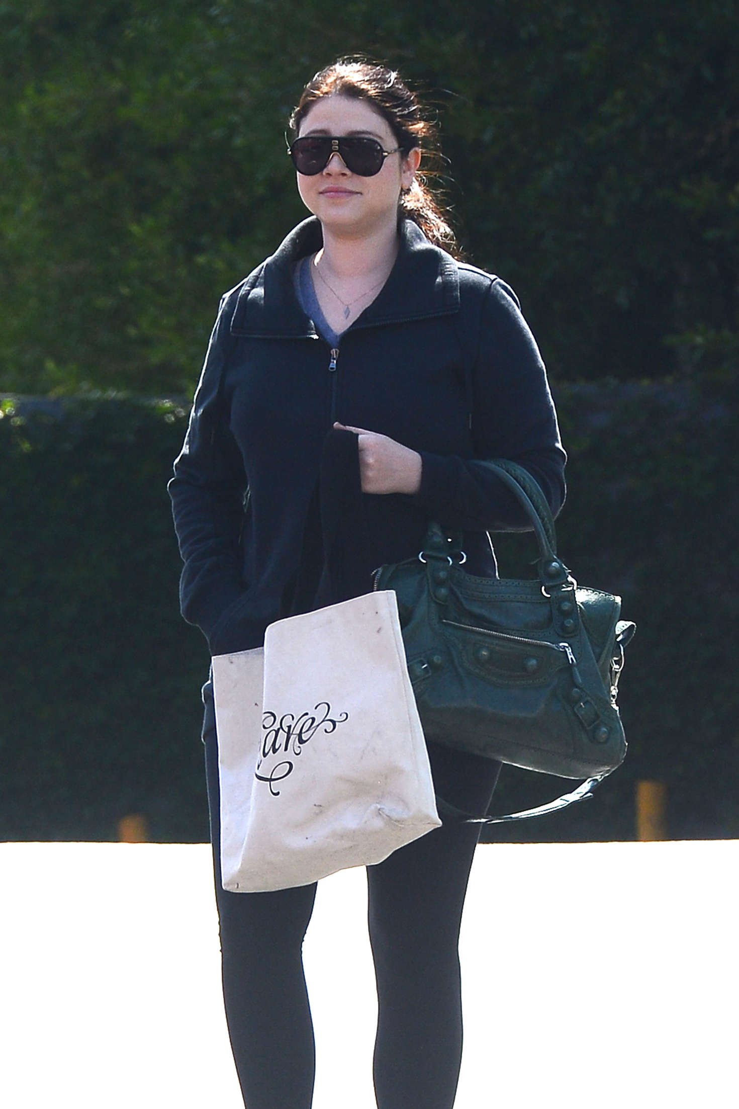 Michelle Trachtenberg at Trader Joes in Los Angeles
