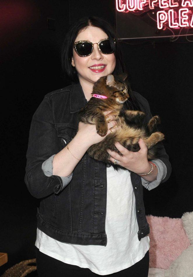 Michelle Trachtenberg - Crumbs and Whiskers Kitten Party A Cat Cafe Experience in LA