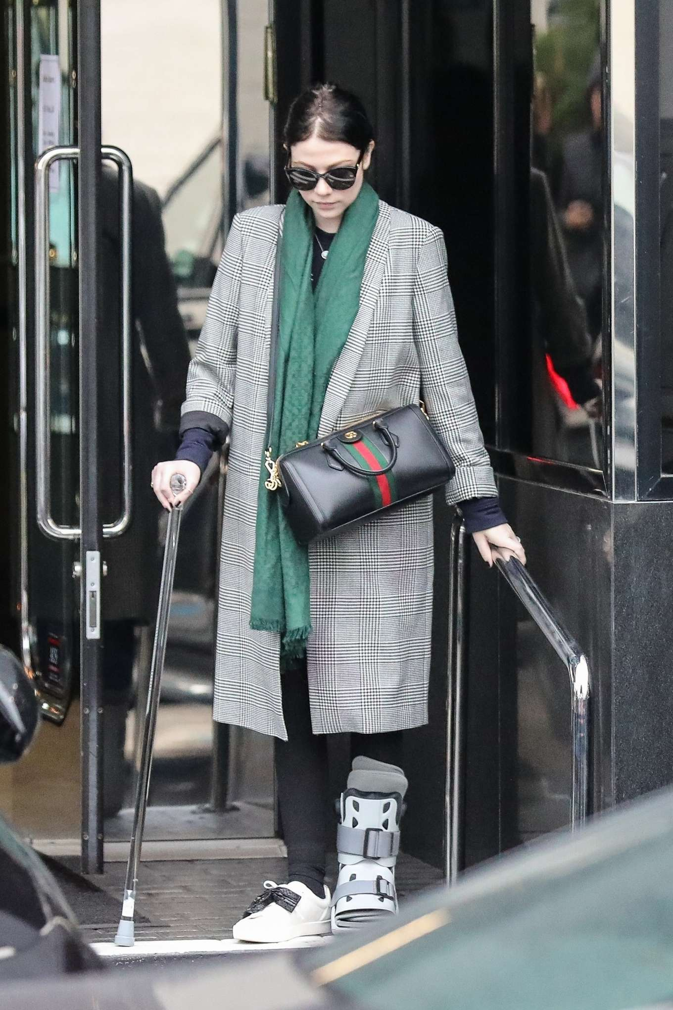 Michelle Trachtenberg 2019 : Michelle Trachtenberg in Long Coat – Christmas Shopping in Beverly Hills-08