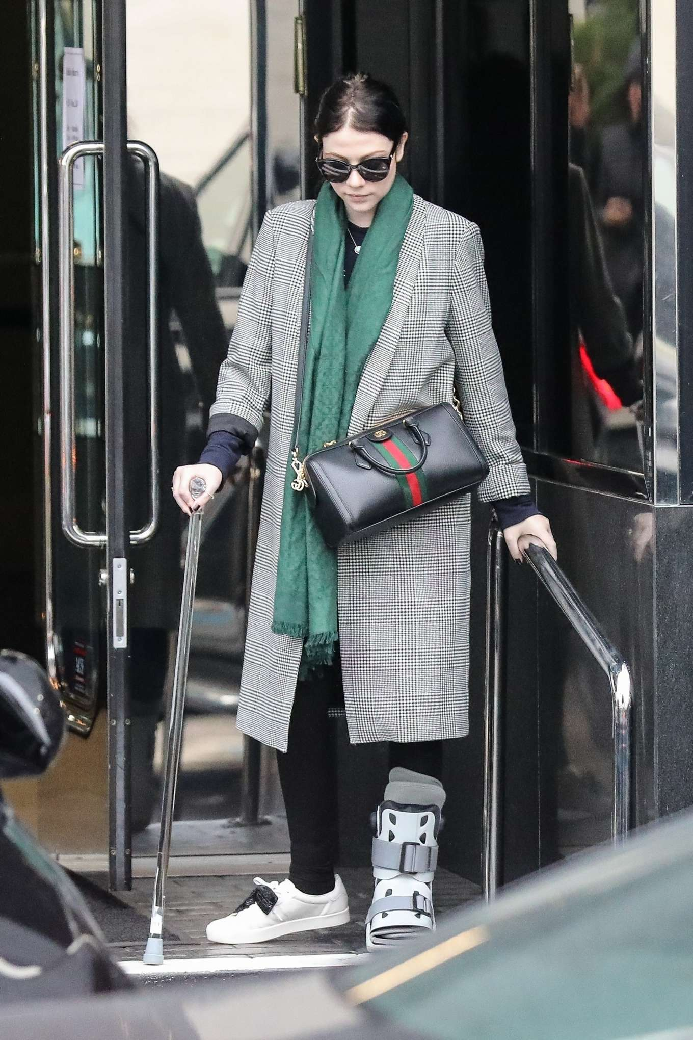 Michelle Trachtenberg 2019 : Michelle Trachtenberg in Long Coat – Christmas Shopping in Beverly Hills-10