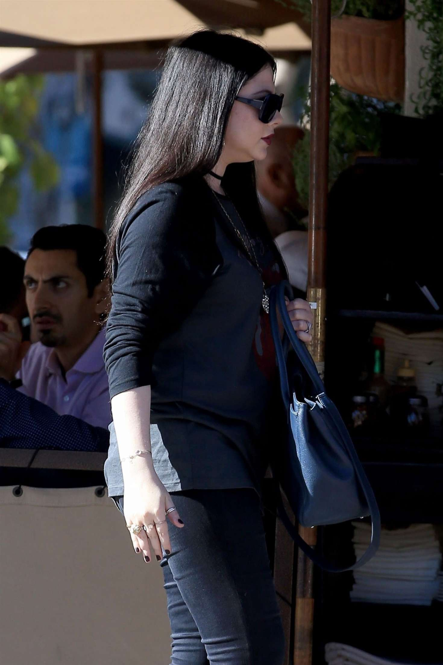 Michelle Trachtenberg - Out for lunch in Beverly Hills