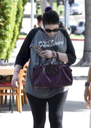 Michelle Trachtenberg - Shopping in Beverly Hills