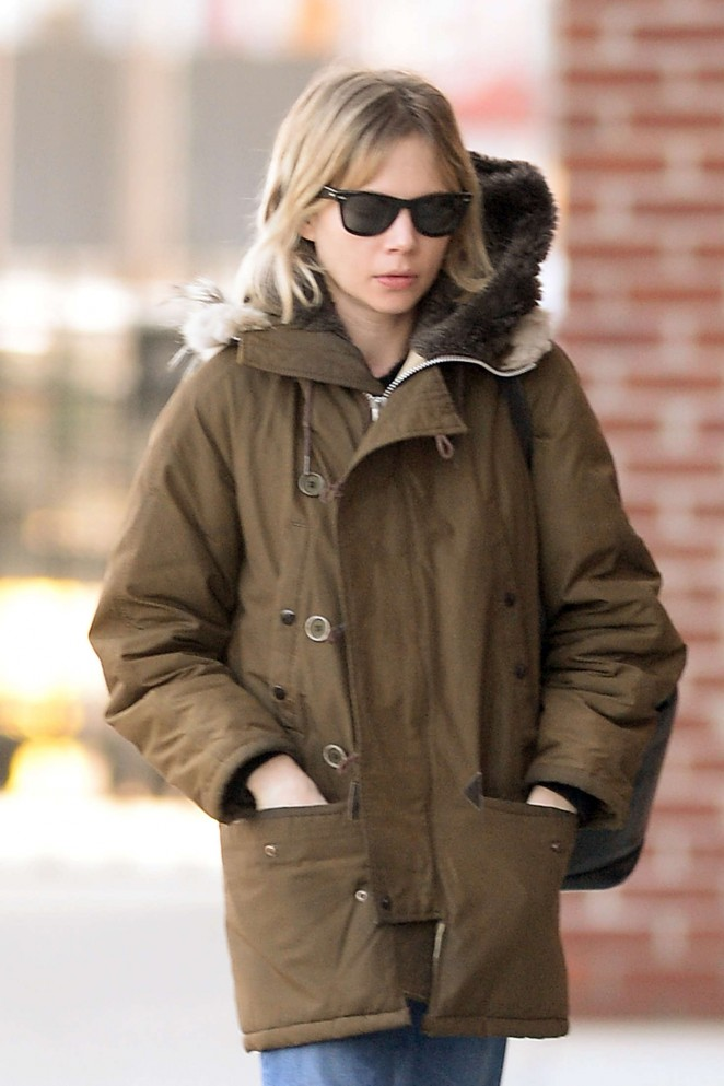 Michelle Williams out in Brooklyn