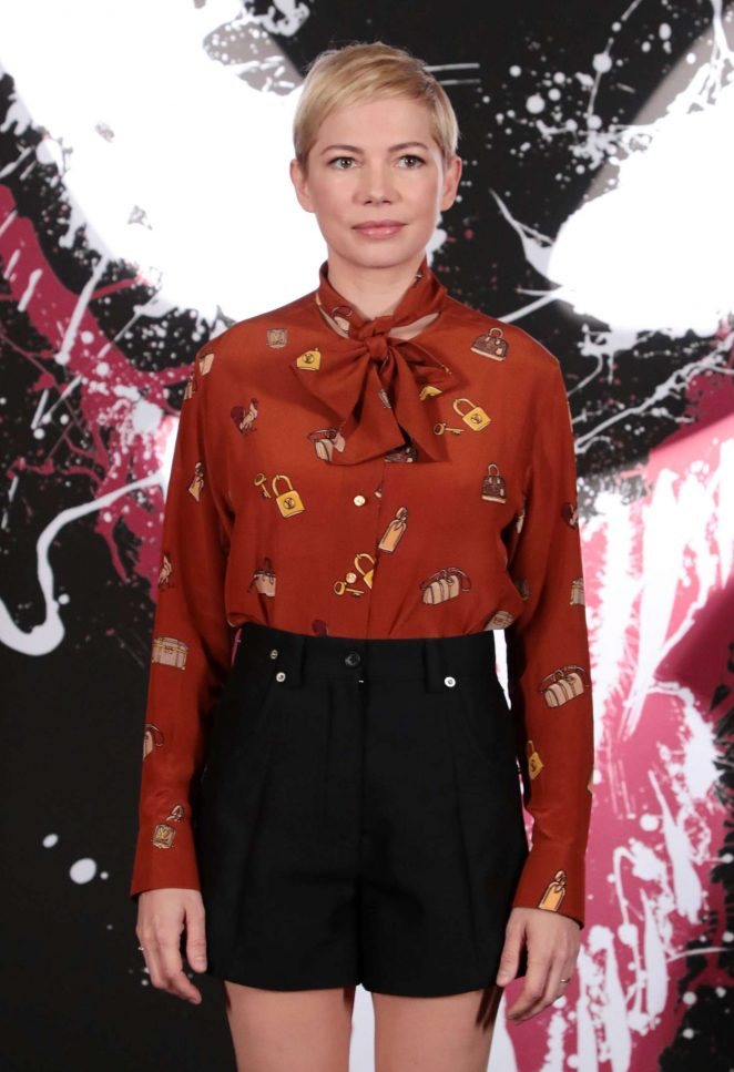 Michelle Williams – 'Venom' Photocall in Los Angeles