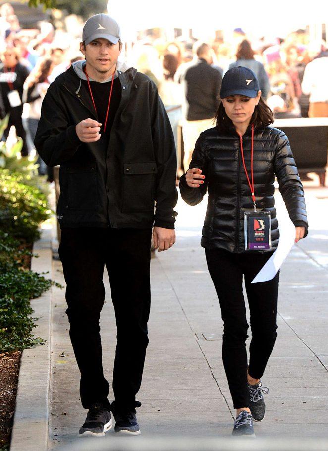 Mila Kunis and Ashton Kutcher - 2018 Women's March in Los Angeles