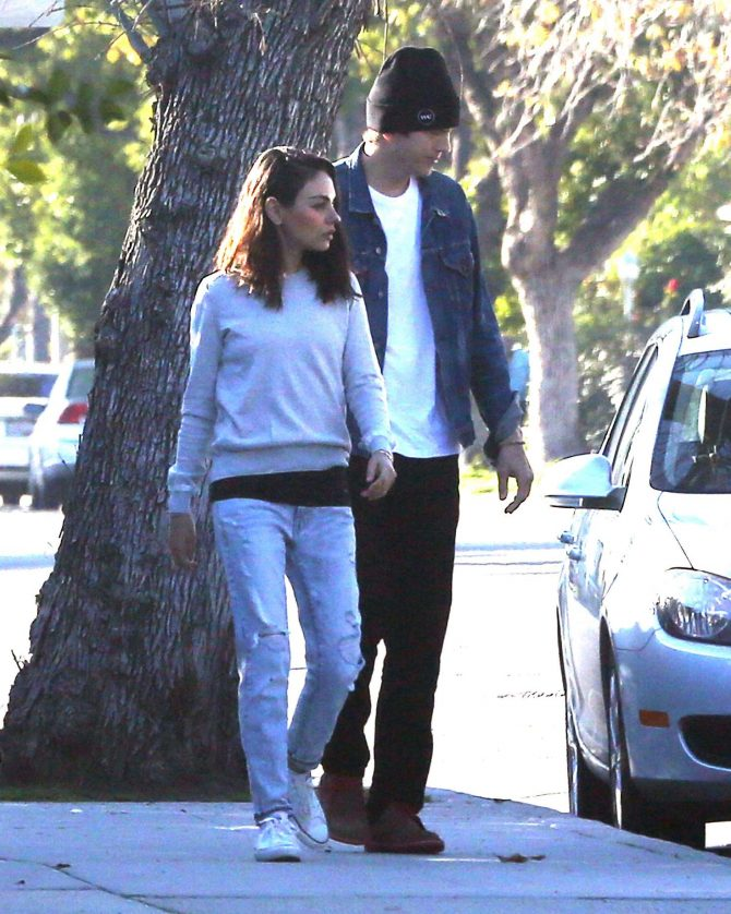 Mila Kunis and Ashton Kutcher: Out for a walk in Los Angeles -01