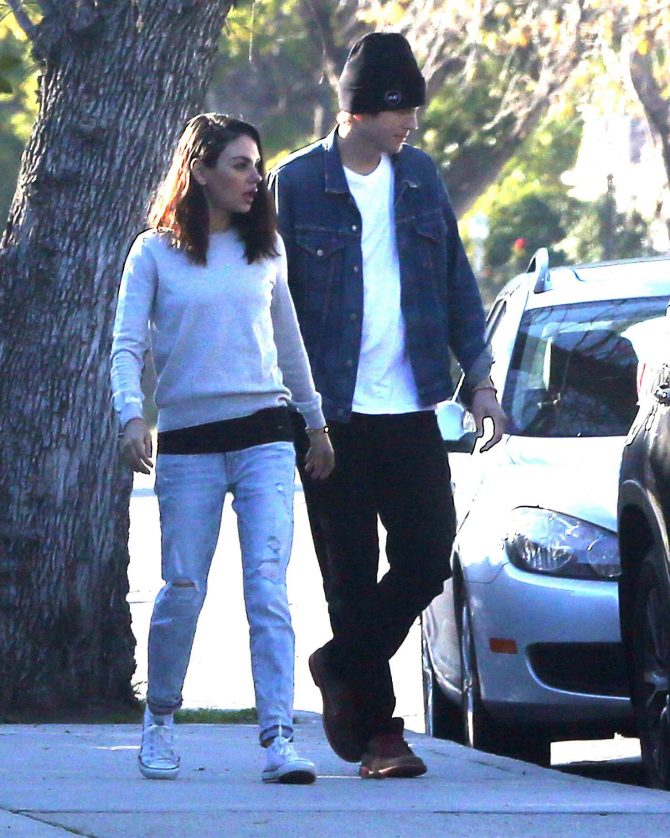 Mila Kunis and Ashton Kutcher: Out for a walk in Los Angeles -08