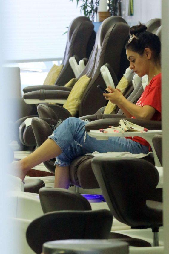 Mila Kunis 2019 : Mila Kunis – Arrives at a local nails salon in LA-05