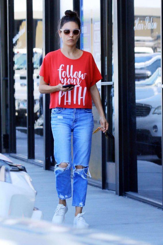 Mila Kunis 2019 : Mila Kunis – Arrives at a local nails salon in LA-20