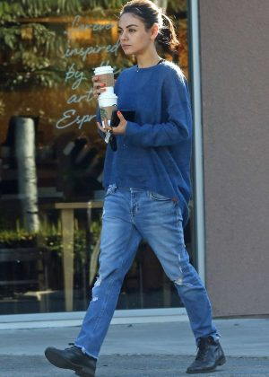 Mila Kunis - Grabs a couple of coffees in LA