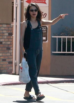 Mila Kunis in Black Overalls - Shopping in Los Angeles