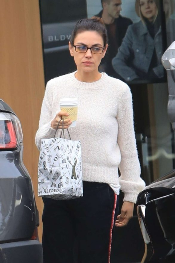 Mila Kunis - Leaves Alfred's Coffee in West Hollywood