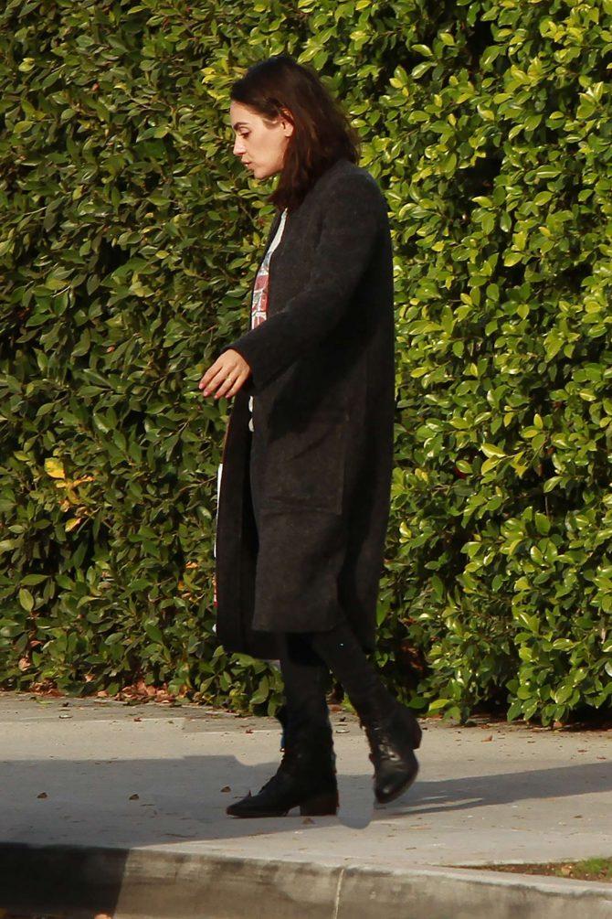 Mila Kunis: Leaving her house in Los Angeles -01