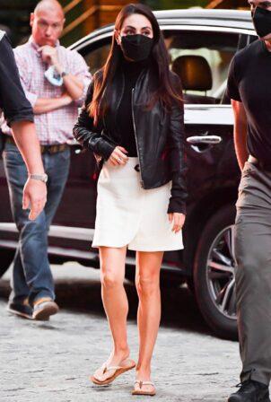 Mila Kunis - On set of 'Luckiest Girl Alive' in New York