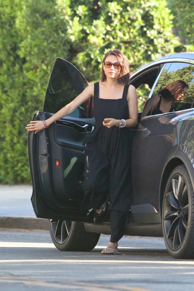 Mila Kunis - Seen Out in Los Angeles