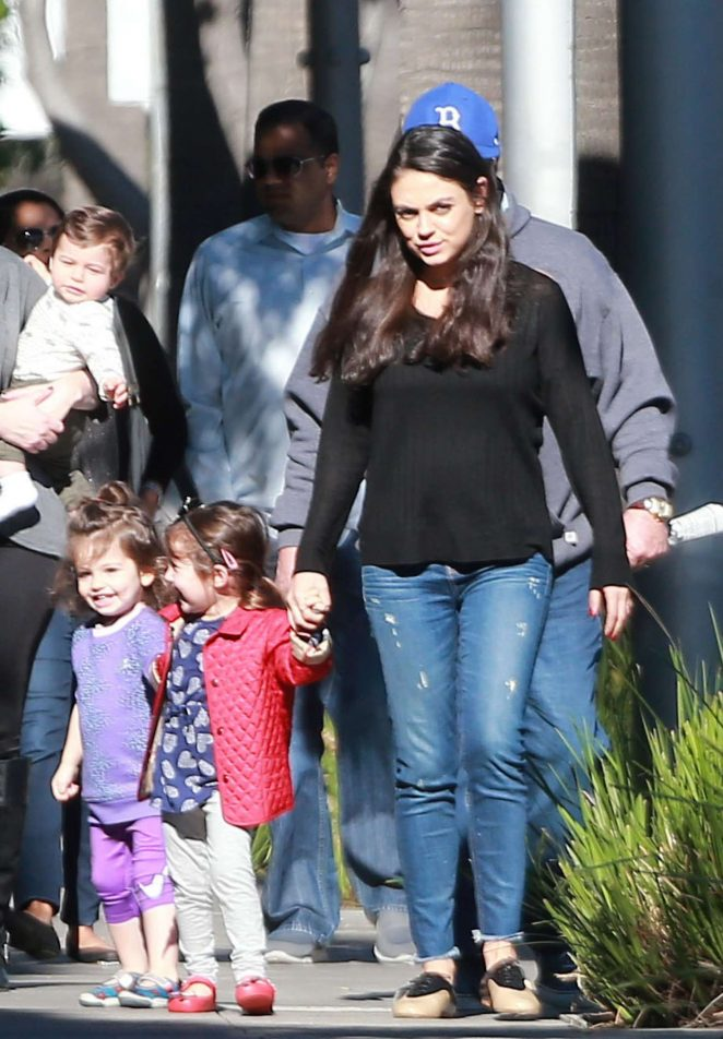 Mila Kunis with family arriving to breakfast -01 | GotCeleb