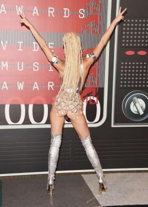 Miley Cyrus: 2015 MTV Video Music Awards -24