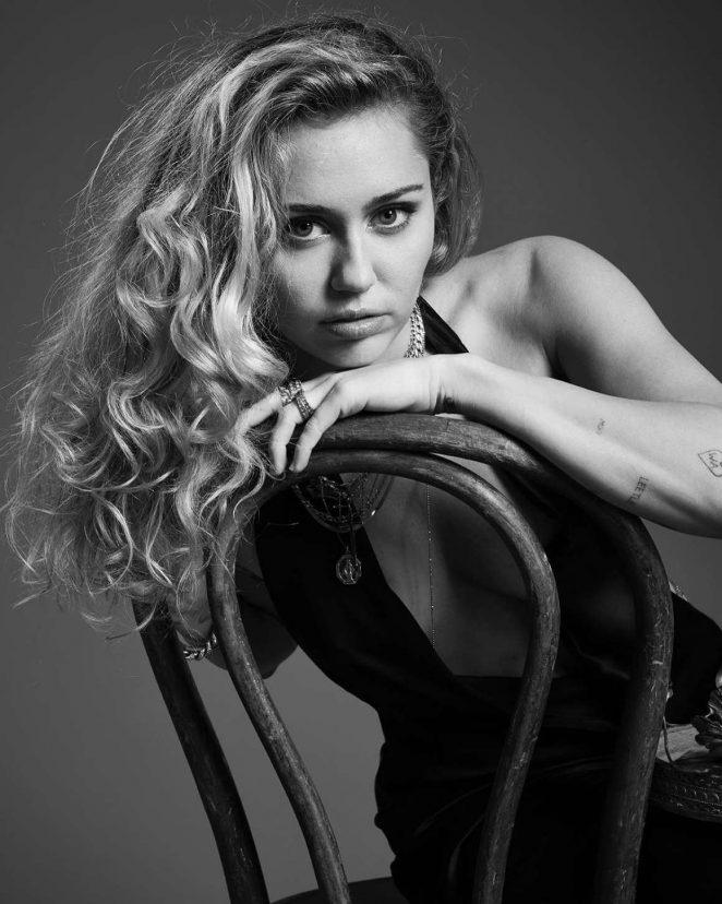 Miley Cyrus: 2018 MET Gala Photoshoot -06