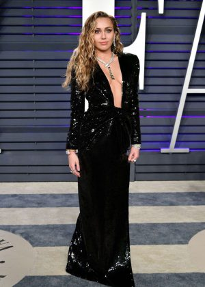 Miley Cyrus - 2019 Vanity Fair Oscar Party in Beverly Hills