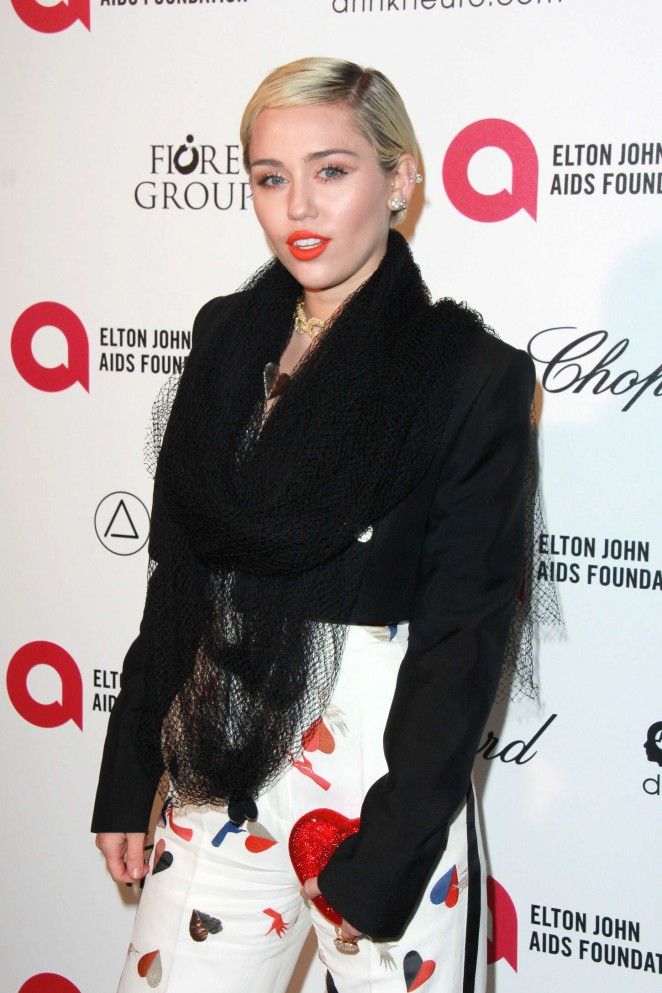 Miley Cyrus - Oscars 2015 - Elton John AIDS Foundation Academy Awards Party