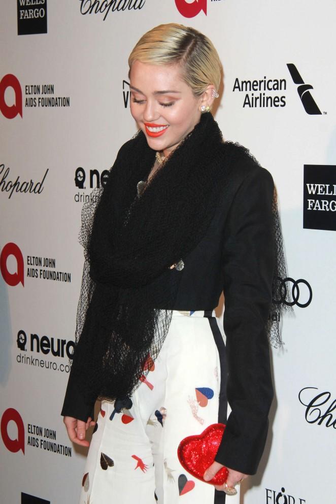 Miley Cyrus: 2015 Elton John AIDS Foundation Academy Awards Party -23