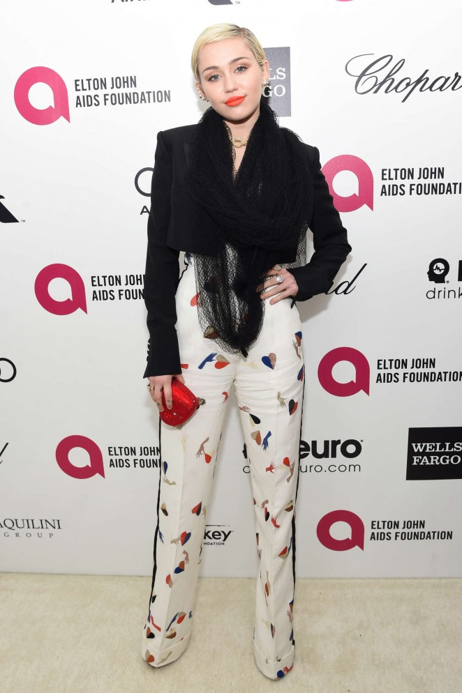 Miley Cyrus: 2015 Elton John AIDS Foundation Academy Awards Party -25