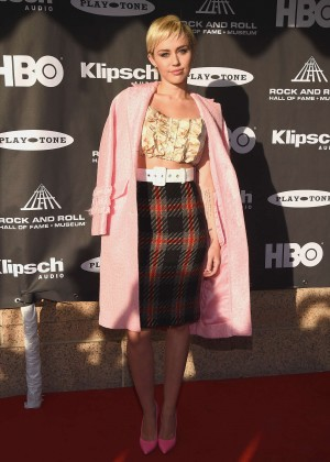 Miley Cyrus: 20156 Rock And Roll Hall Of Fame Induction Ceremony -05