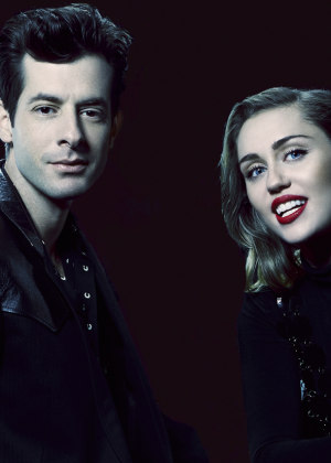 Miley Cyrus and Mark Ronson - Saturday Night Live