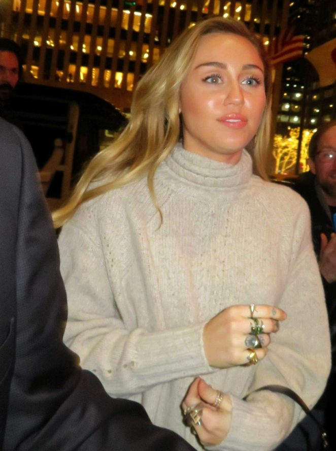 Miley Cyrus - Arrives at SNL show in New York City