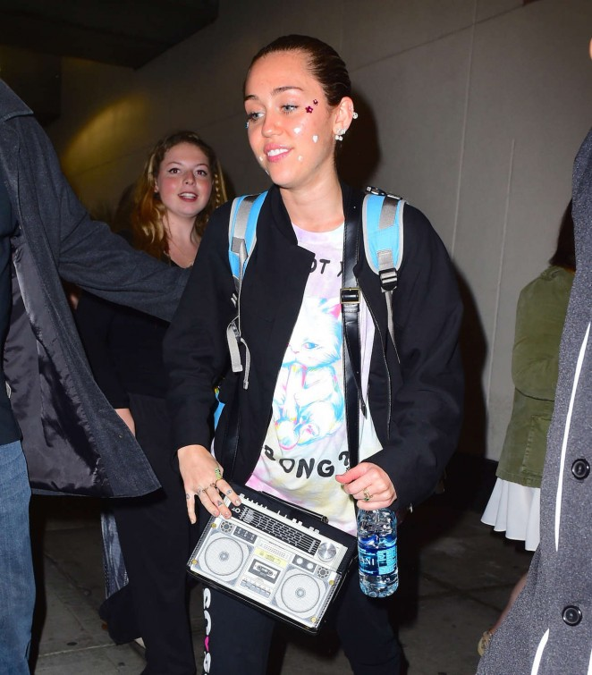 Miley Cyrus - Arriving at JFK Airport in NYC