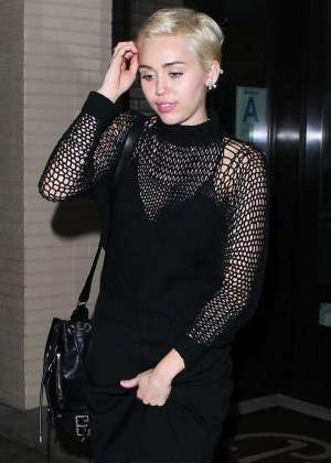 Miley Cyrus at Palm Restaurant in Beverly Hills