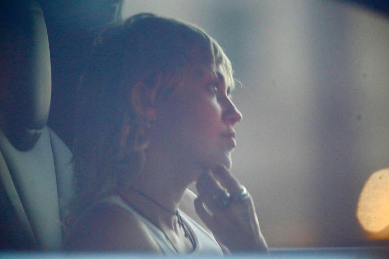 Miley Cyrus 2020 : Miley Cyrus – Driving around in Los Angeles-06