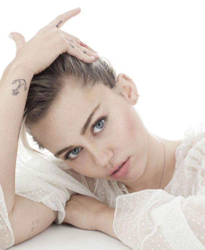 Miley Cyrus 2016 : Miley Cyrus: Elle Magazine 2016 -13