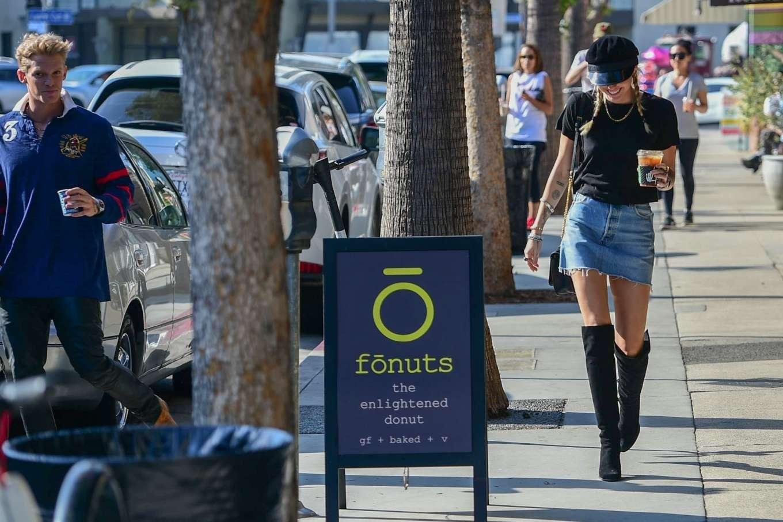Miley Cyrus 2019 : Miley Cyrus in Denim Skirt-02