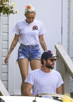 Miley Cyrus in Jeans Shorts -09