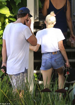 Miley Cyrus in Jeans Shorts -12