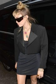 Miley Cyrus - Leaving the Soho Hotel in London
