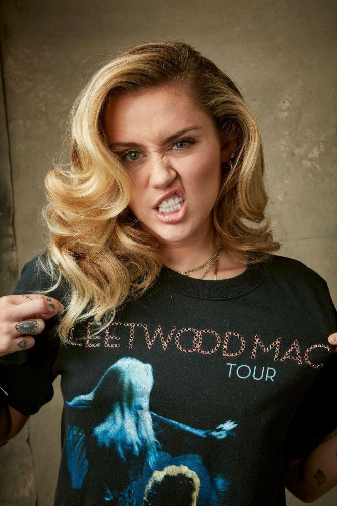 Miley Cyrus - Musicares honering Fleetwood Mac - Radio City Hall in New York