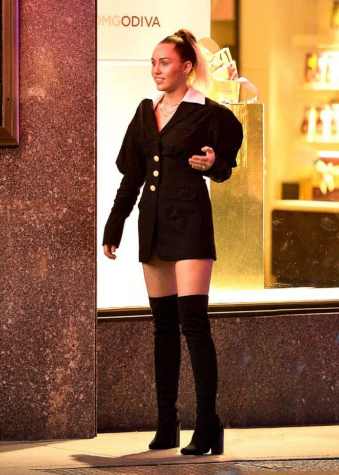 Miley Cyrus on Saturday Night Live set in New York
