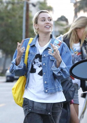 Miley Cyrus - Out shopping with her friend in West Hollywood