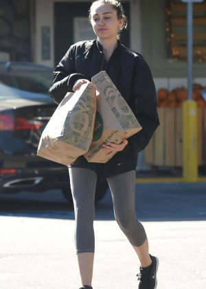Miley Cyrus - Shopping at Whole Foods in LA