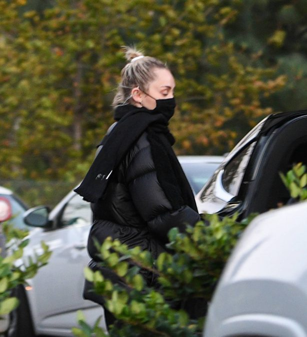 Miley Cyrus - Spotted in Studio City