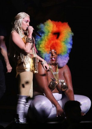 Miley Cyrus: Tour Concert in Vancouver-36