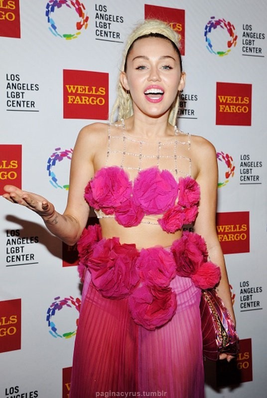 Miley Cyrus - Vanguard Awards 2015 in LA