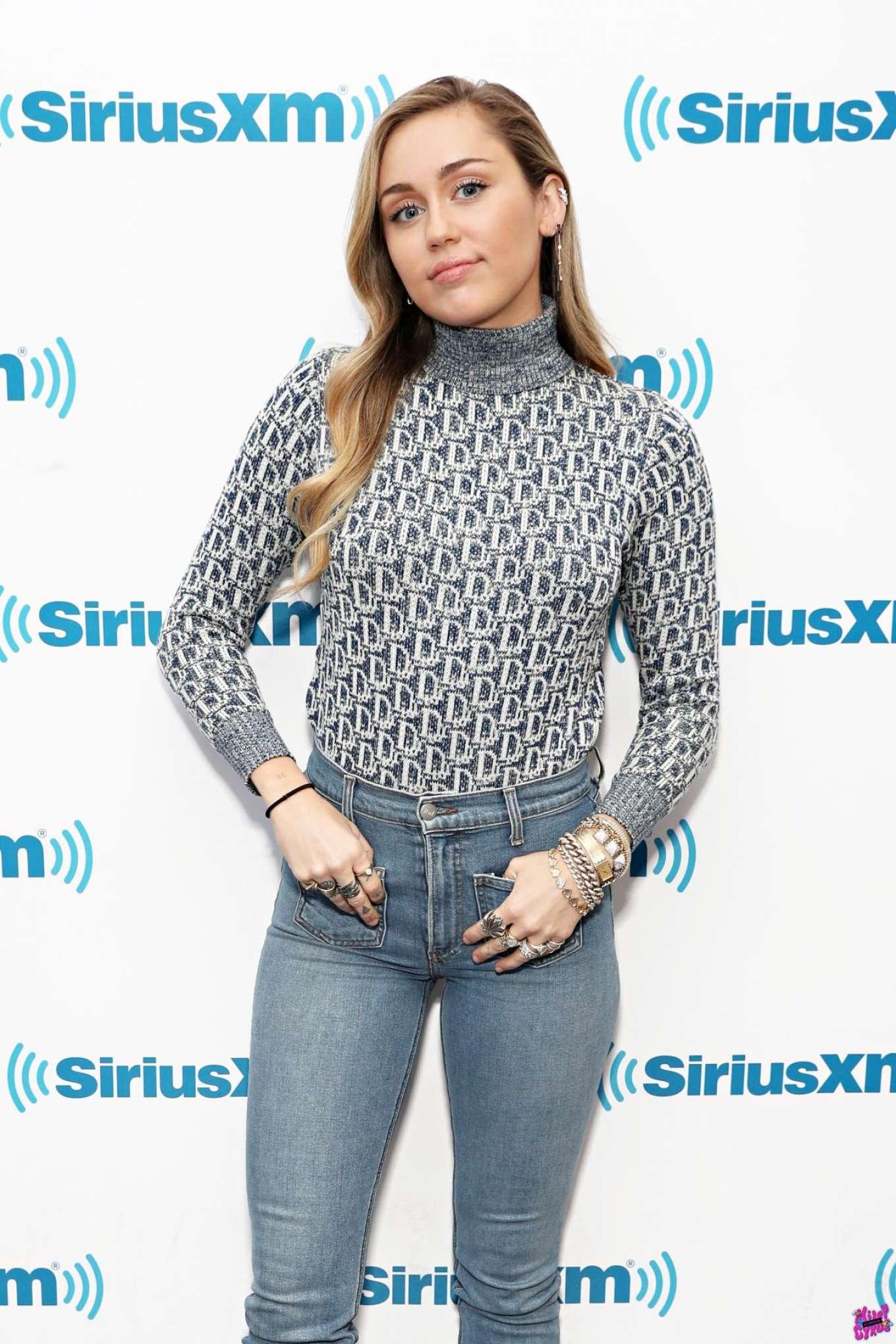 Miley Cyrus - Visits the SiriusXM Studios in New York City