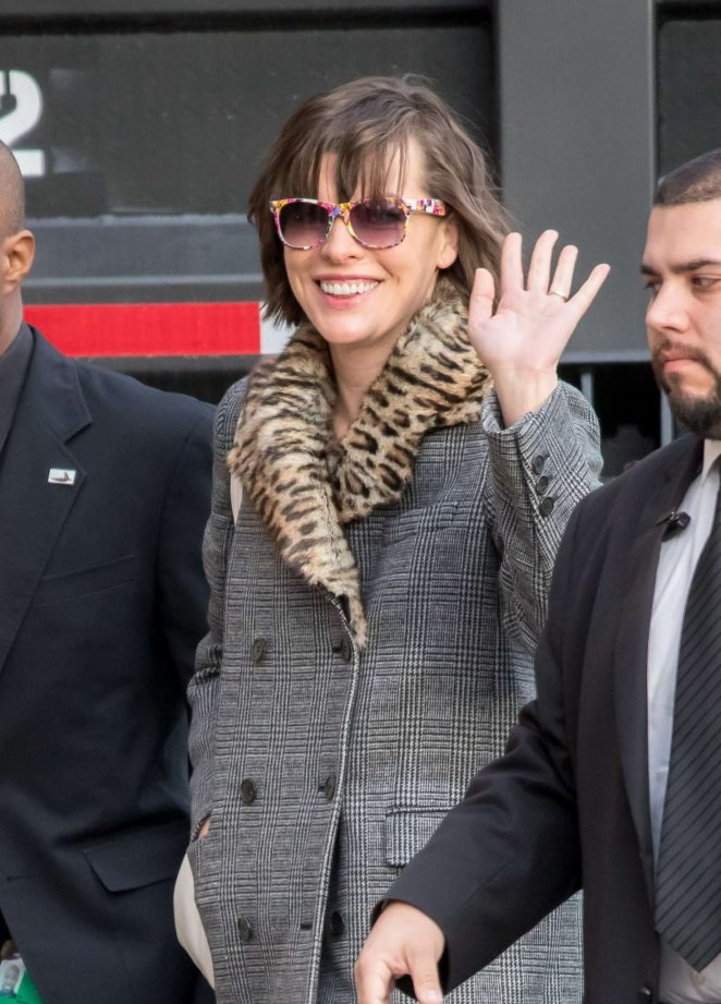 Milla Jovovich - Arriving at Jimmy Kimmel Live! in Los Angeles