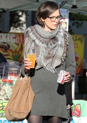 Milla Jovovich at the Melrose Place Farmers Market in West Hollywood