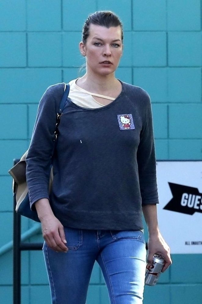 Milla Jovovich - Heading to a spa in West Hollywood